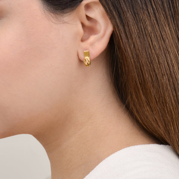 Minimalist Gold Earrings - Flare earrinsg - Pargo Jewelry