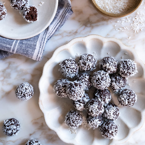 CACAO & COCONUT PROTEIN TRUFFLES