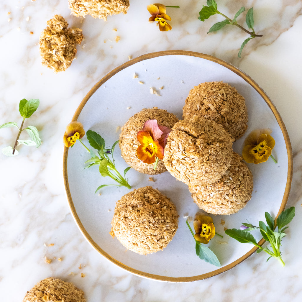 COCONUT AND TURMERIC MACAROONS