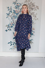 Load image into Gallery viewer, Dip Hem Long Sleeve Flower Pot Print Dress