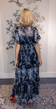 Load image into Gallery viewer, Blue Floral Maxi Dress