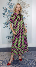 Load image into Gallery viewer, Pink / Green circle Print Long Trapeze Dress