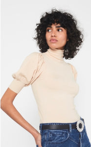 Champagne Short Sleeve Jumper