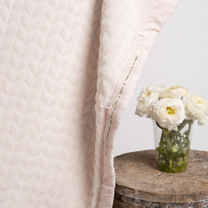Head Regal Ballet Pink Blanket