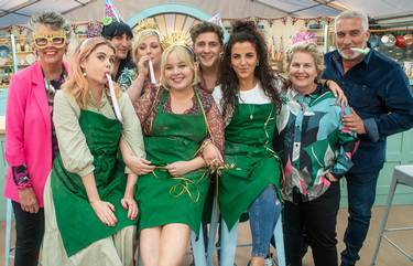Derry Girls & Bake Off Judges Enjoying Festive Fun