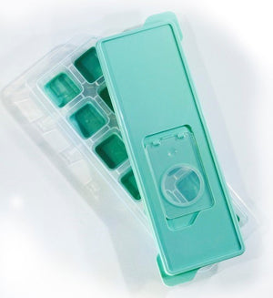 Kitchenbasics Ice Cube Tray w/Lid 12 Square Cubes