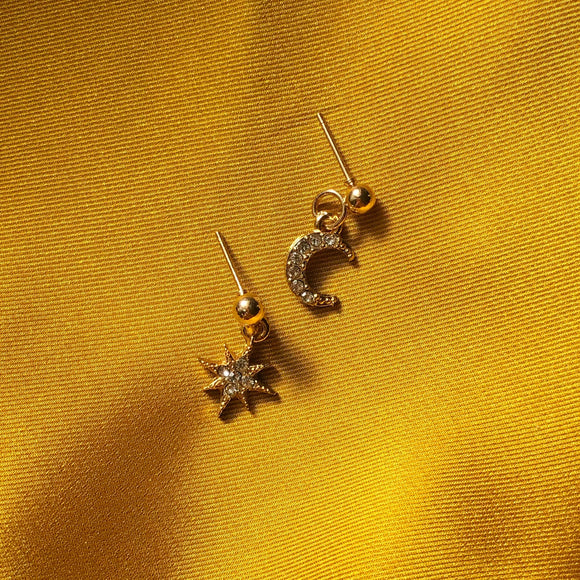 Caelia Stud Earrings