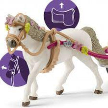 Load image into Gallery viewer, Schleich Horse Club Small Carriage for the Big Horse Show (42467)