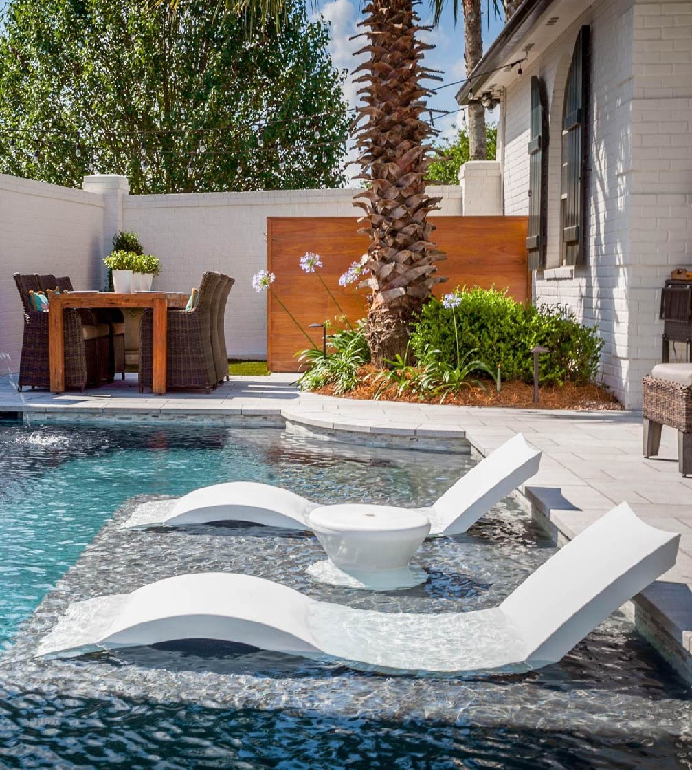 Ledge Lounger Signature In-Pool Chaise