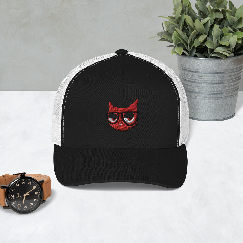 SMOKE FREE KNURD TRUCKER HAT
