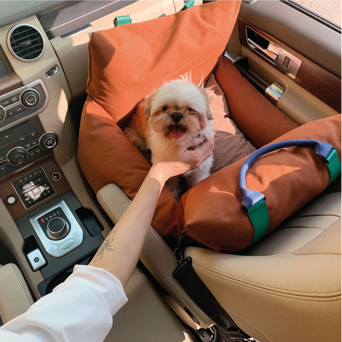 Moncarseat dog car seat in almond brown