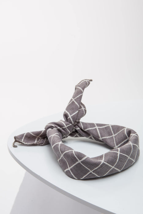 FLOUFFY FEEL dog bandana neckerchief/headscarf in grey with stripes
