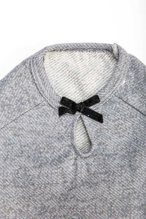 FLOUFFY FEEL oversize dog sweater in grey with bow