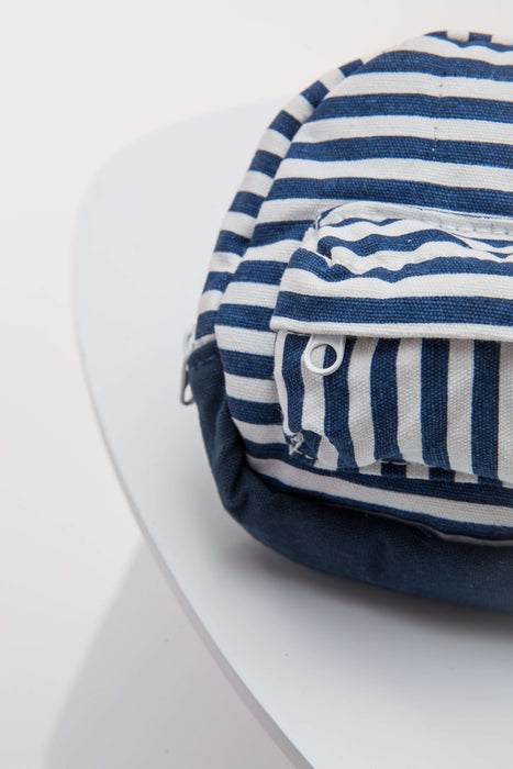FLOUFFY FEEL snackies striped dog backpack with harness and leash in navy blue