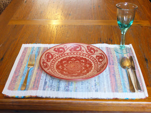 Newspaper and cotton woven placemats Serendip