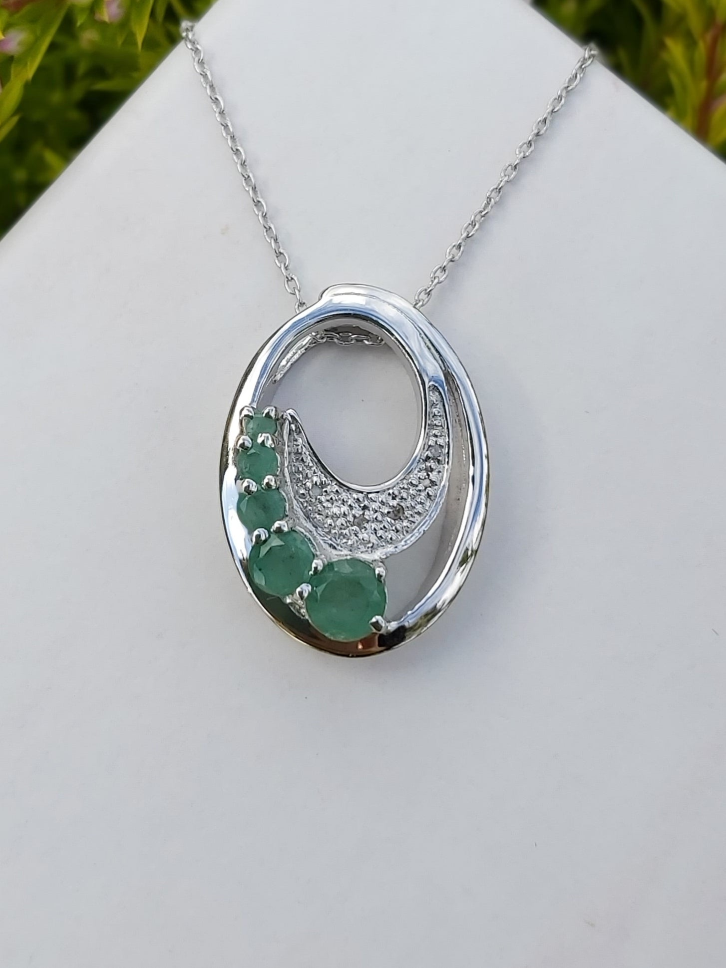 Silver Natural Emerald Necklace