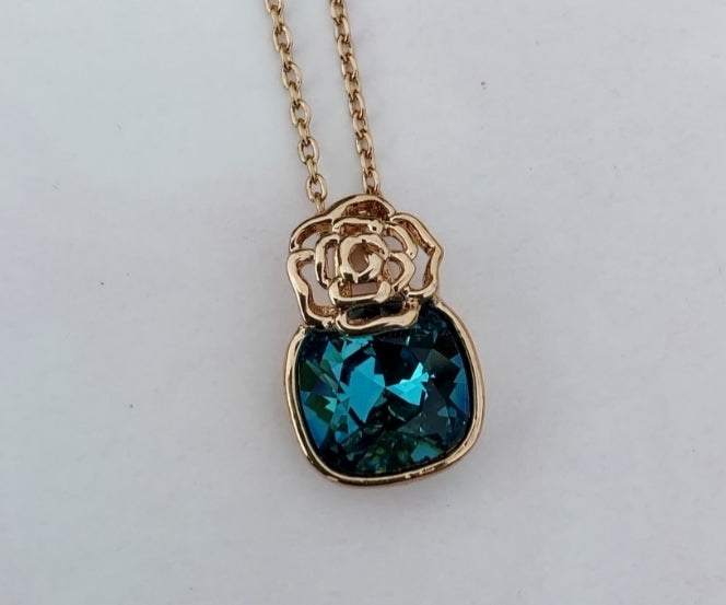 gold plated blue green crystal flower design necklace womens fashion accessories