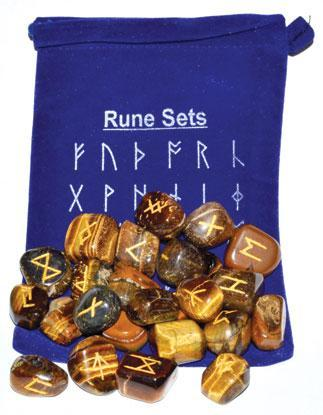 Runes Tiger Eye Rune Set + Velveteen Pouch