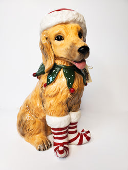 Holiday Golden Retriever Figurine