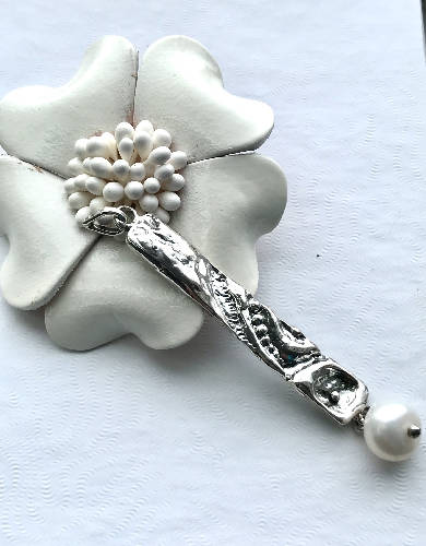 The Sand Ripple - Handmade Sterling Silver Pendant with Freshwater Pearl