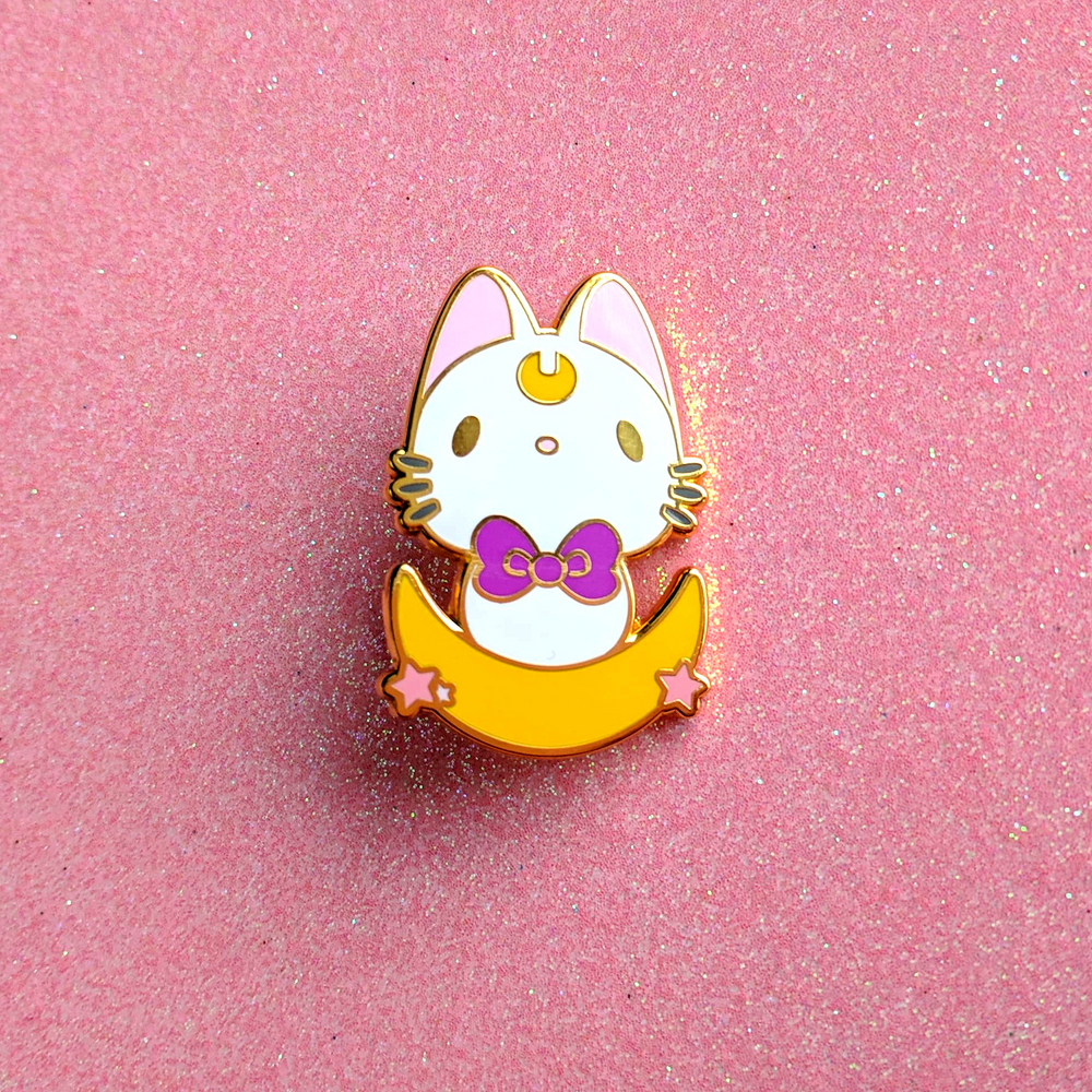 Load image into Gallery viewer, Artemis Enamel Pin