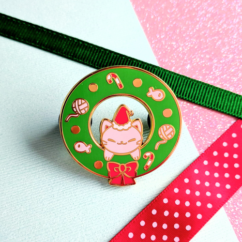 Kitty Wreath Enamel Pin
