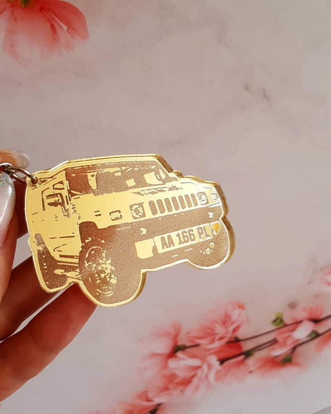 OEL DESIGN GOLD KEYRING Personalized Keychain for Your Car Model, based on your photo.