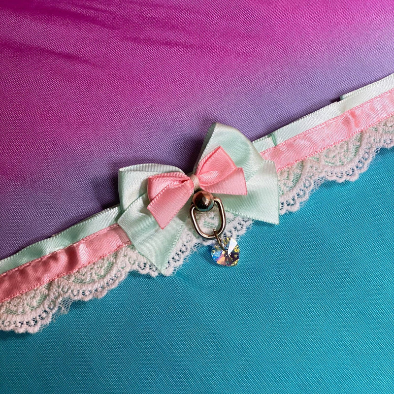 Mint and Pink Collar