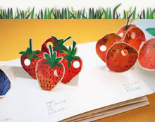 Load image into Gallery viewer, [Ready Stock] The Very Hungry Caterpillar 3D Pop Up Book (In Mandarin)