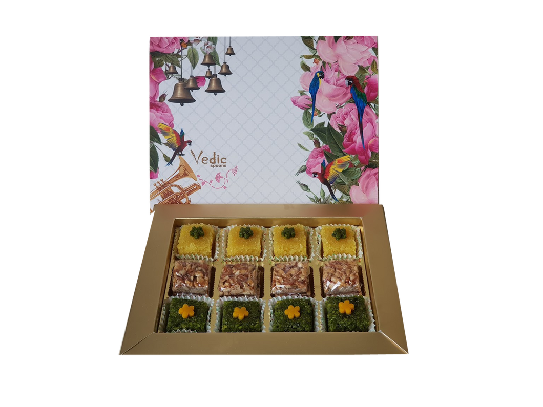 Assorted box of Pista sq, Crushed Badam & Roasted Almonds - Vedic Spoons