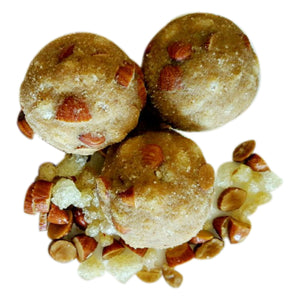 Saunth Methi Gond Badam Laddoo in Jaggery