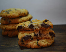 Load image into Gallery viewer, Espresso Chocolate Chunk Cookie Mix, 835g