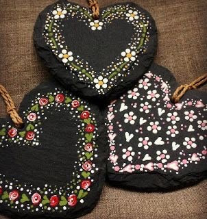 Handpainted slate hearts, home decor ideas