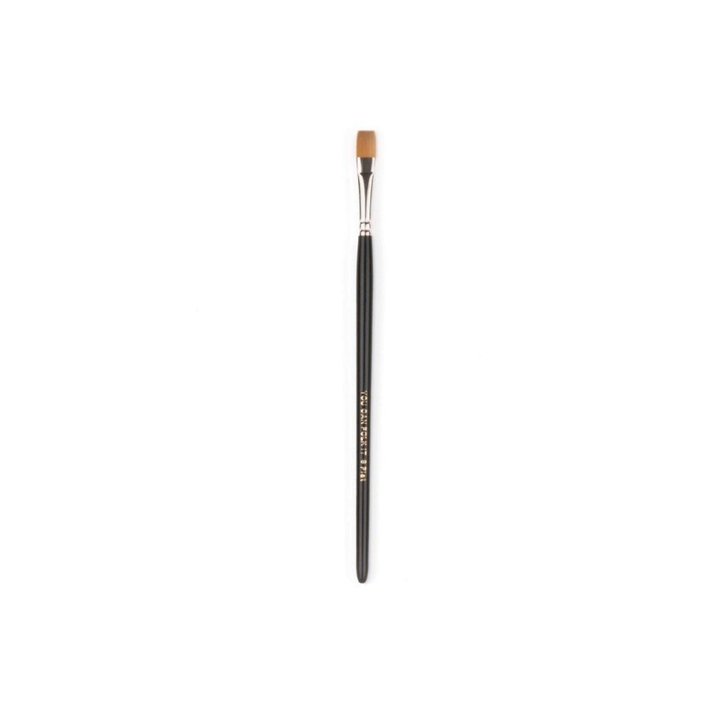No. 8 Luxe Flat Brush