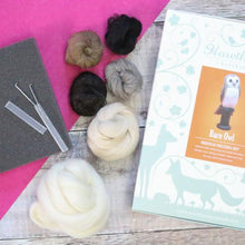 Load image into Gallery viewer, Barn Owl Needle Felting Kit