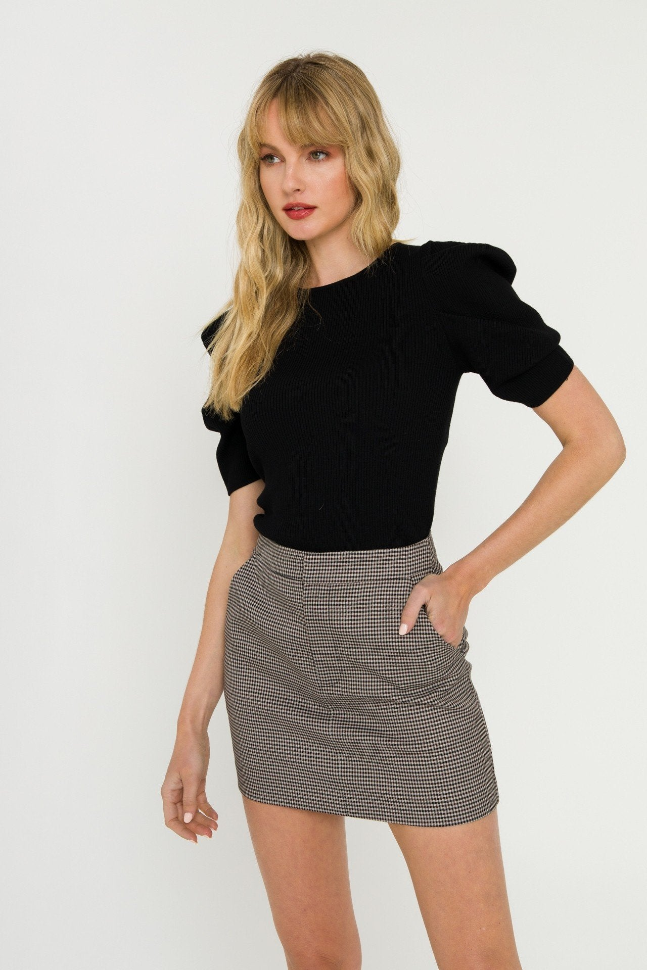 Black Puff Short Sleeve Sweater