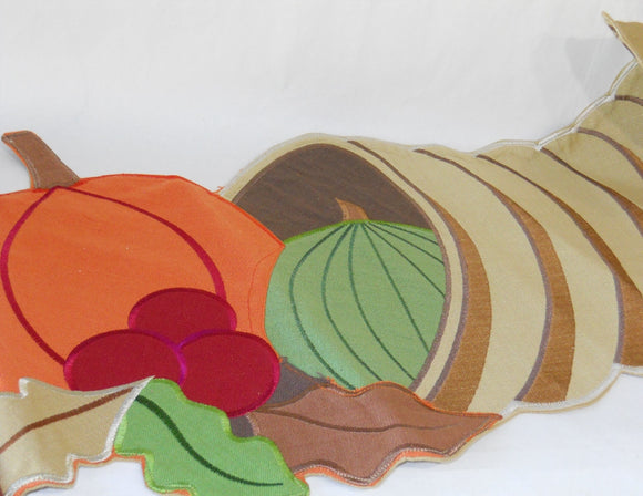 Harvest CORNICOPIA Table Runner SATIN EMBROIDERY Lined Back PUMPKIN SQUASH *New