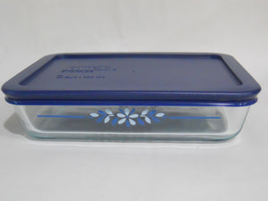 Pyrex PRAIRIE GARDEN 3 Cup RECTANGULAR Food Storage Container Floral BLUE Cover
