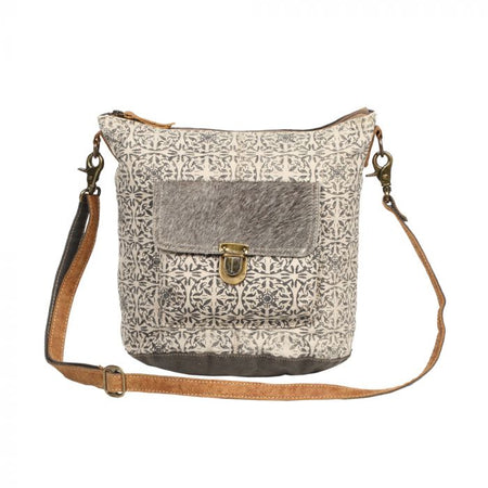 MYRA ORMOS SHOULDER BAG