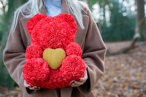 Rose Bear red with golden heart