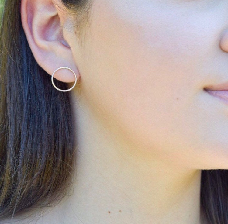 Open Circle Earrings- Minimalist Earrings - Metalvine