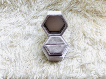 Velvet Luxury Ring Box