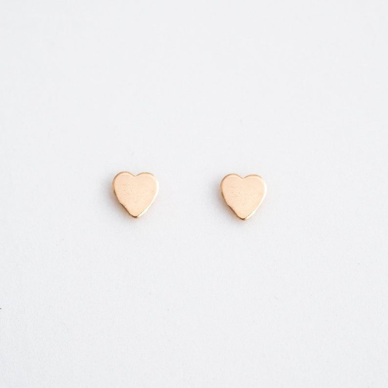 14k Solid Gold Heart Studs