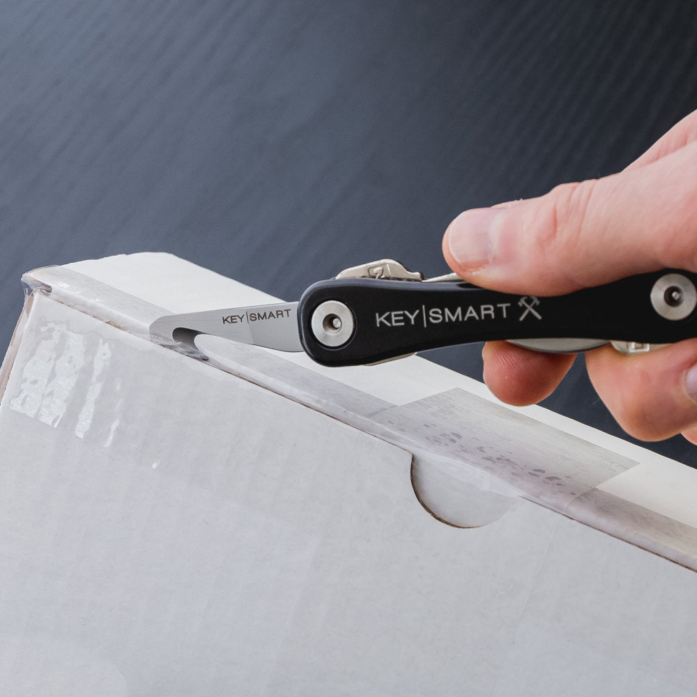 KeySmart 4-in-1-Multi-tool Features a Sharp Box Cutter for Opening Tricky Packages