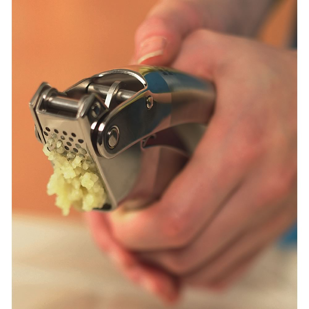 Kuhn Rikon 6.5-inch Epicurean Garlic Press