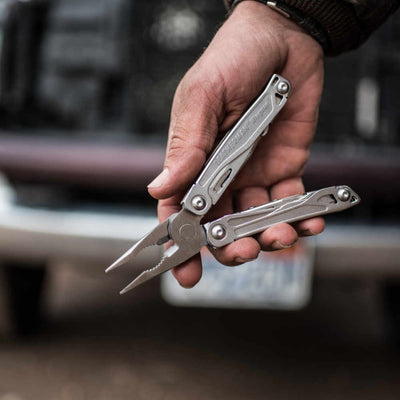 Leatherman Wingman Multi-Tool with Nylon Sheath