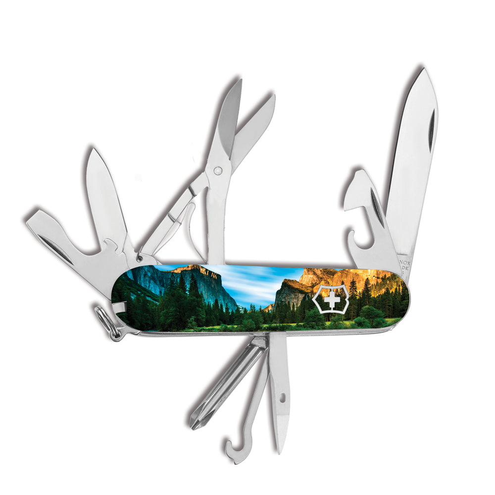Yosemite Super Tinker Exclusive Swiss Army Knife