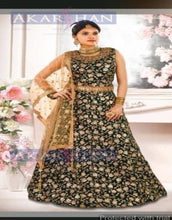 Load image into Gallery viewer, Readymade Velvet Lehenga