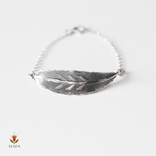 Load image into Gallery viewer, Sterling Silver Feather Bracelet