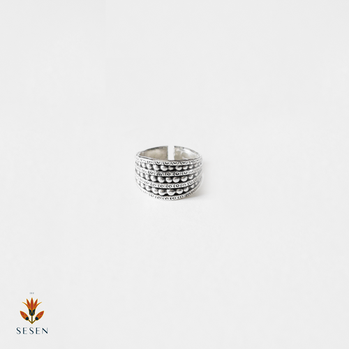 Sterling Silver Detailed Carved Bead Ring